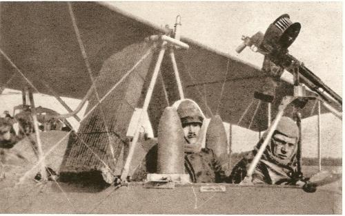 1916EQUIPE BOMBARDIER OBUS 155.jpg