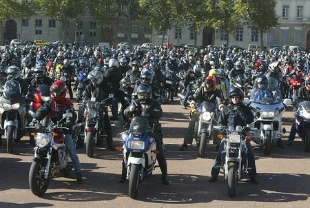 2004 10 31 MANIF FEDE DES MOTARDS EN COLERE.jpg