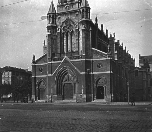 nizier du puitspelu,littré de la grand'côte,grande côte,lyon croix rousse,église du bon pasteur,église saint blandine